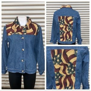 🛍️Denim jacket with tapestry so adorable